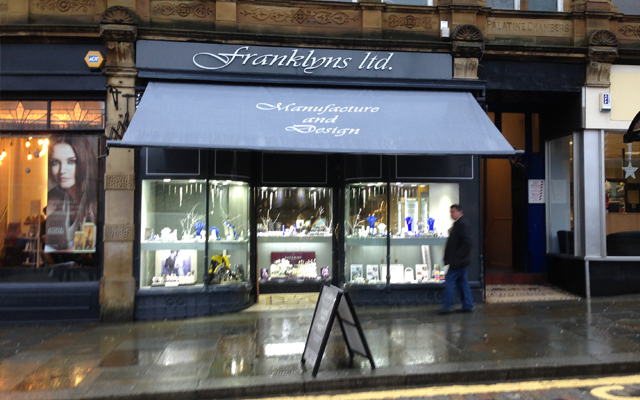 Frankylns Jewellery - Traditional Awning
