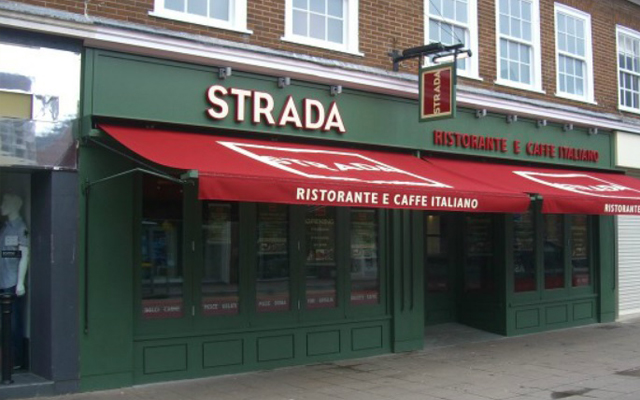 Strada - Traditional Awning